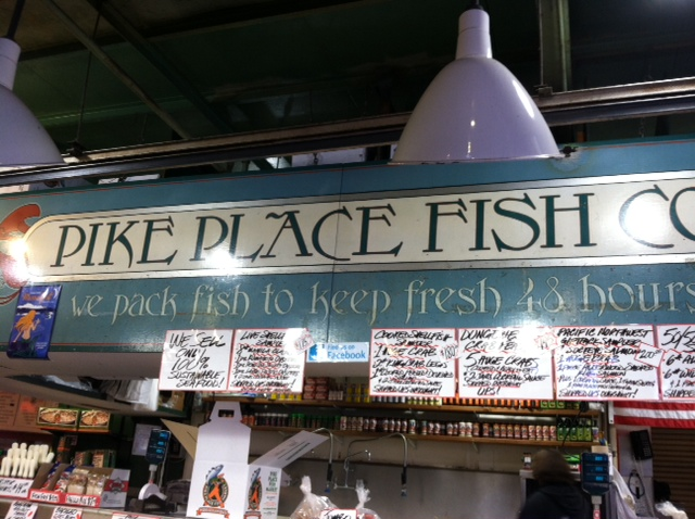 Fish throwing in seattle marilyn r gardner for Pike place fish