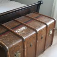 So.Many.Stories - The Trunk that Traveled the World